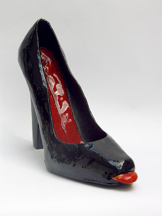 Black shoe – céramique – 56x29x50 cm – 2010