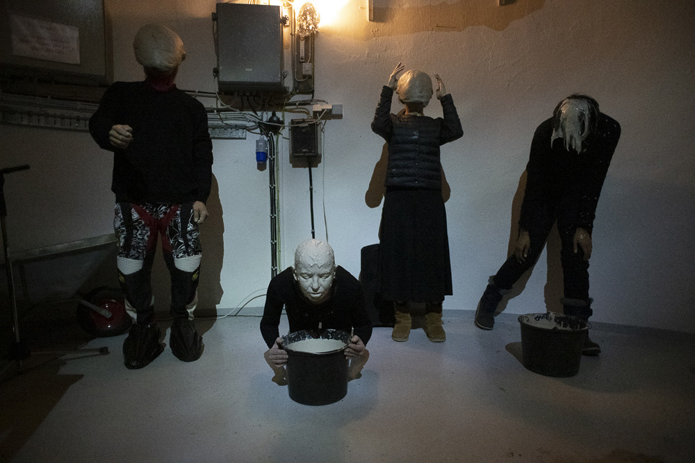 Unknown sailors – performance in the lighthouse, Gardur, Islande – 2020 – Photos © Alain Segalen