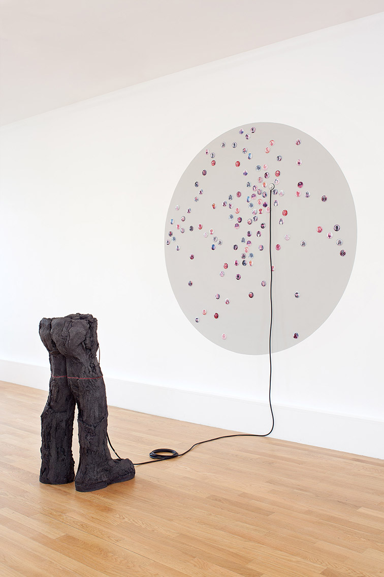 EroaÉroscopie – céramique, stéthoscope – 250x200x200 cm – 2015 – Photo © Atelier Find Artscopie – céramique, stéthoscope – 250x200x200 cm – 2015 – Photo © Atelier Find Art