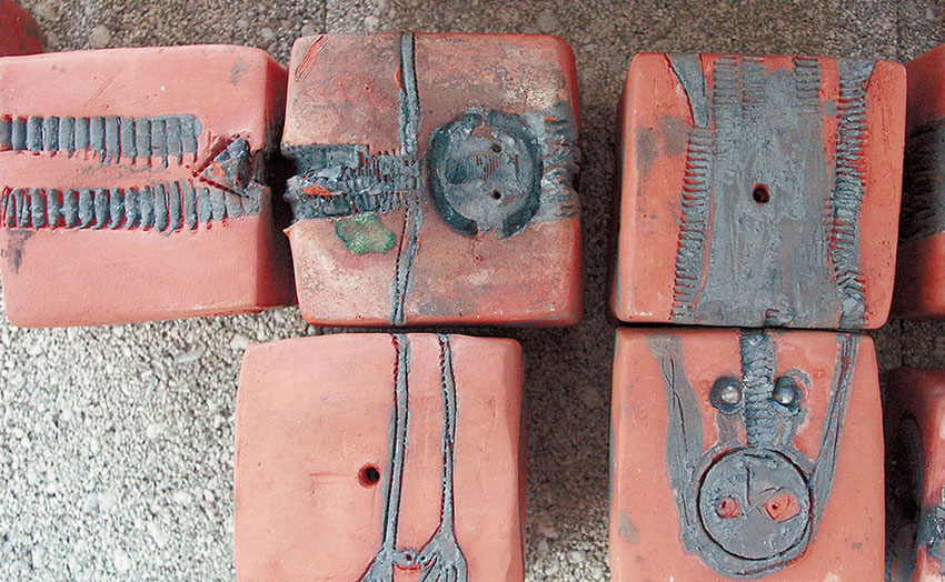 Murmures de briques